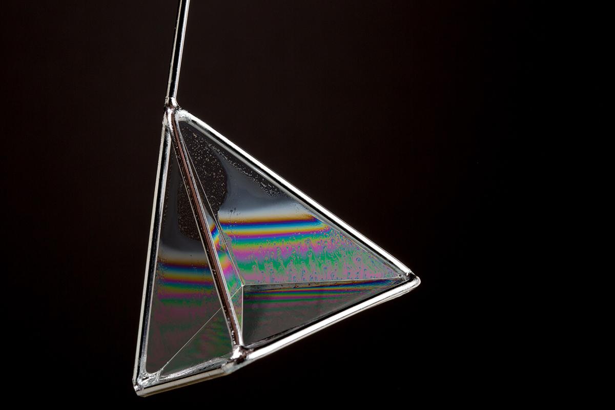 Sabu baloncuğu piramit